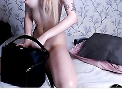 Sexy Camgirl play with herself