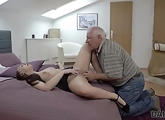 DADDY4K. Young hottie well penetrated by skillful daddy in bedroom