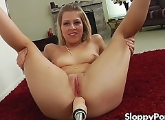 Solo anal slut Zoey Monroe with a fucking machine