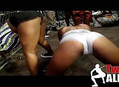 Twerk Alert 6 - Twerking Ass In Da Club