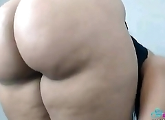 Mega Huge ASS - Enorme CULO
